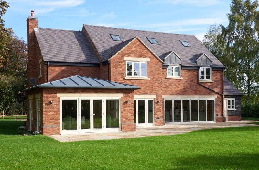 A Talbot Homes development in Oxfordshire with a mix of staffs blue and dark heather rustic tiles