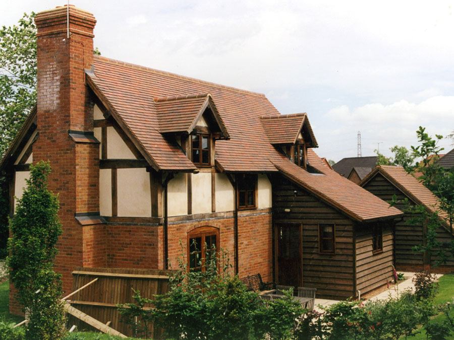 A Collingwood blend roof on a private house in Hampshire