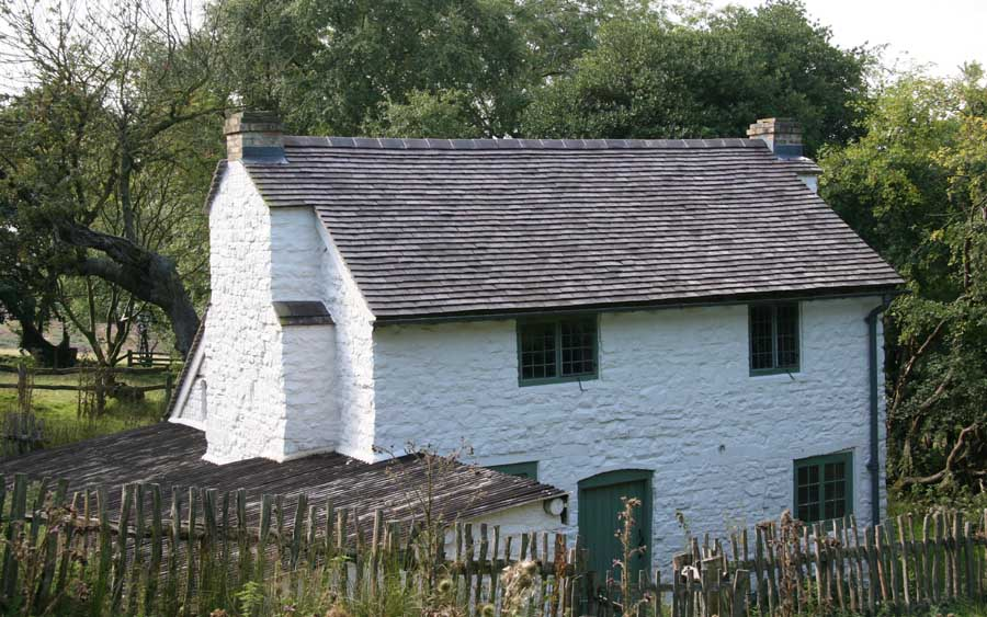 Cottage renovated with Dreadnought Staffs Blue Classic tiles in the Stiperstones Nature Reserve