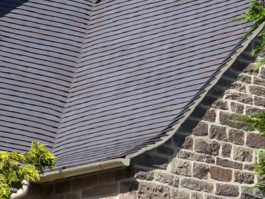 Handmade Classic Staffordshire Blue clay roof tiles in Derbyshire