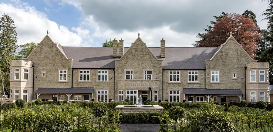 Spitfire Homes Hazeley Manor with dark heather tiles