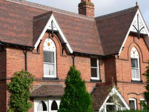 Collingwood blend tiles reroof a Victorian house in Bromsgrove
