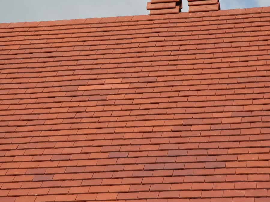 Dreadnought Classic deep red Handmade clay roof tiles